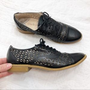 Sam & Libby black lasercut lace up shoes 8.5